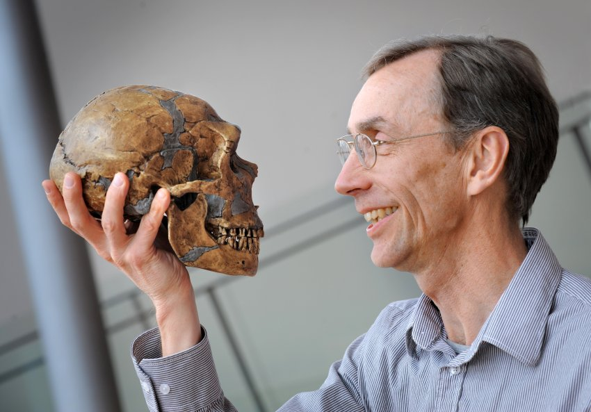 Good books on Cro-Magnons and Neanderthals for a research paper?