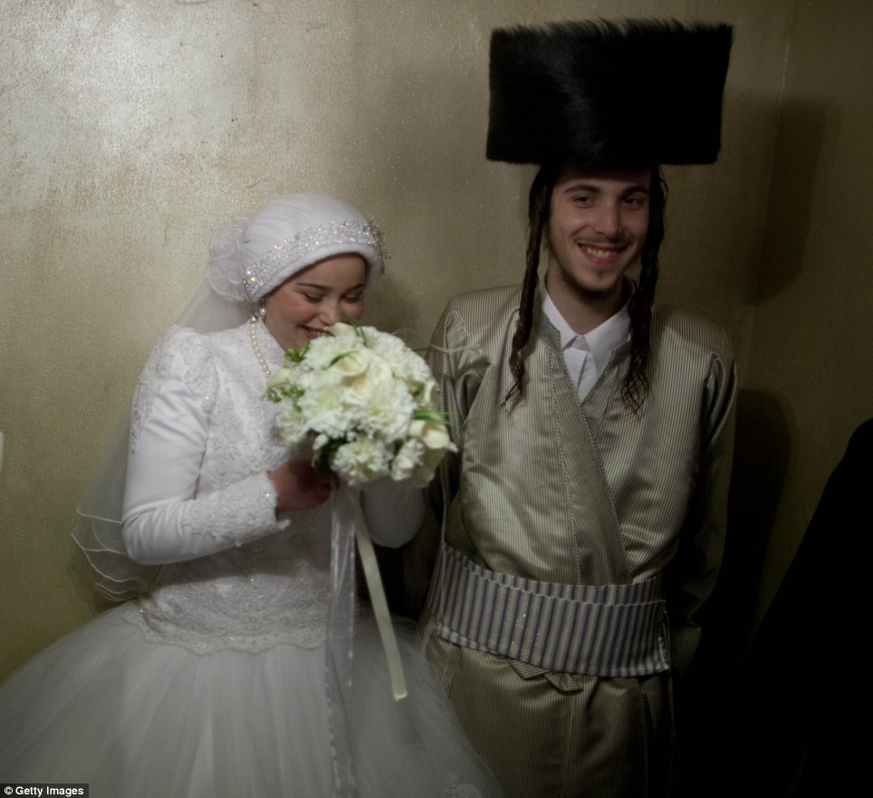 ENGLISH Orthodox Jews Celebrate The Wedding From Hell John De Nugent