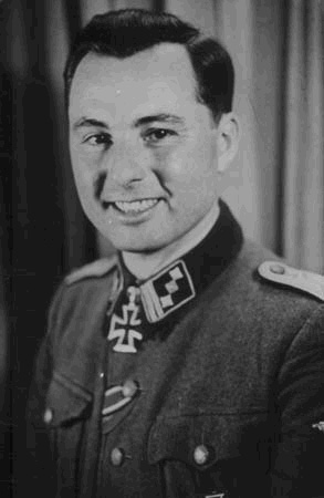 leon-degrelle-knights-cross