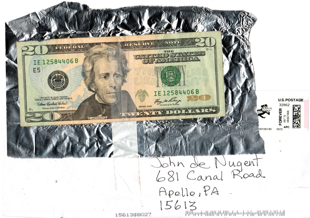us-20-dollars-aluminum-envelope-2
