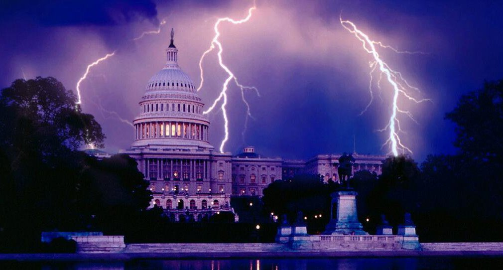 us-capitol-wash-dc-blue-sinister-lightning-bolts