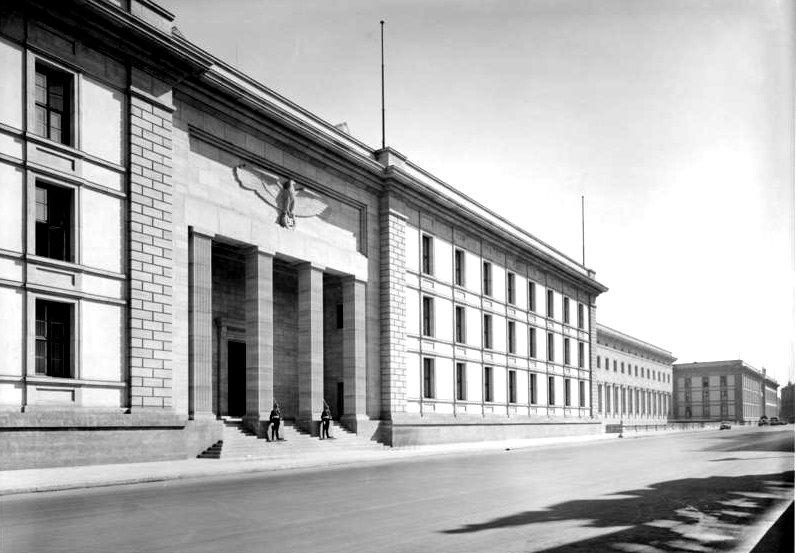 Berlin_Neue_Reichskanzlei-stabswache