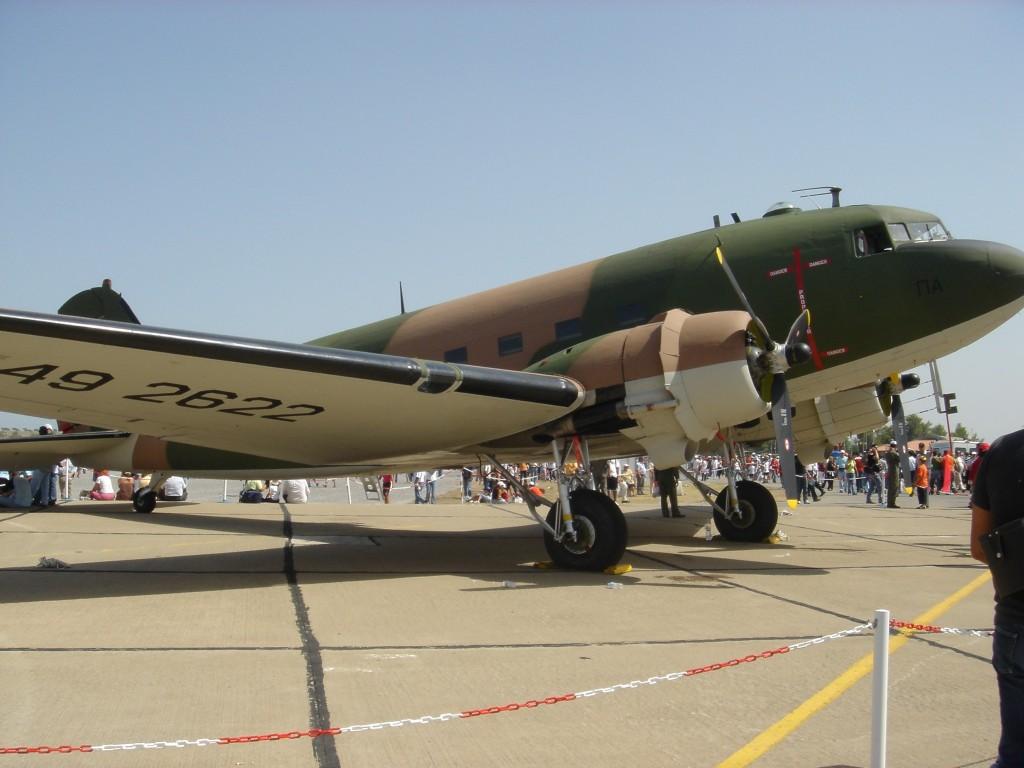 C-47_Dakota_1