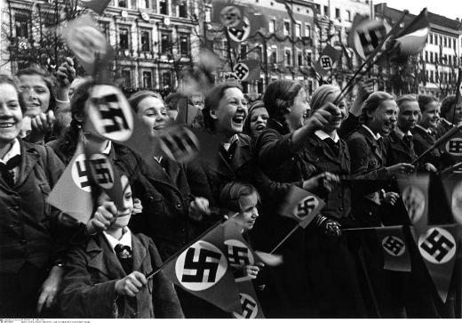 Girls-Waving-Nazi-Flags
