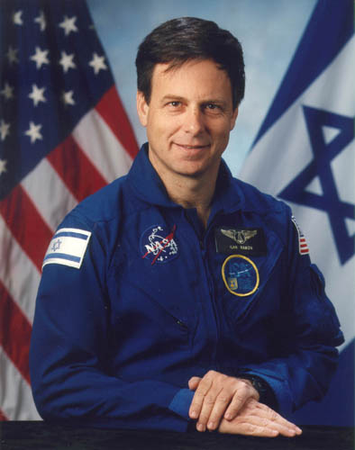 Ilan_Ramon-colonel-israeli-air-foce-killed-discovery-columbia-2003