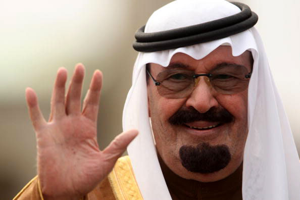 King-Abdullah-saudi-waving-pbs-org