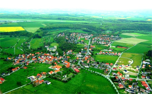 http://johndenugent.com/images/Luftbild_wewelsburg.jpg