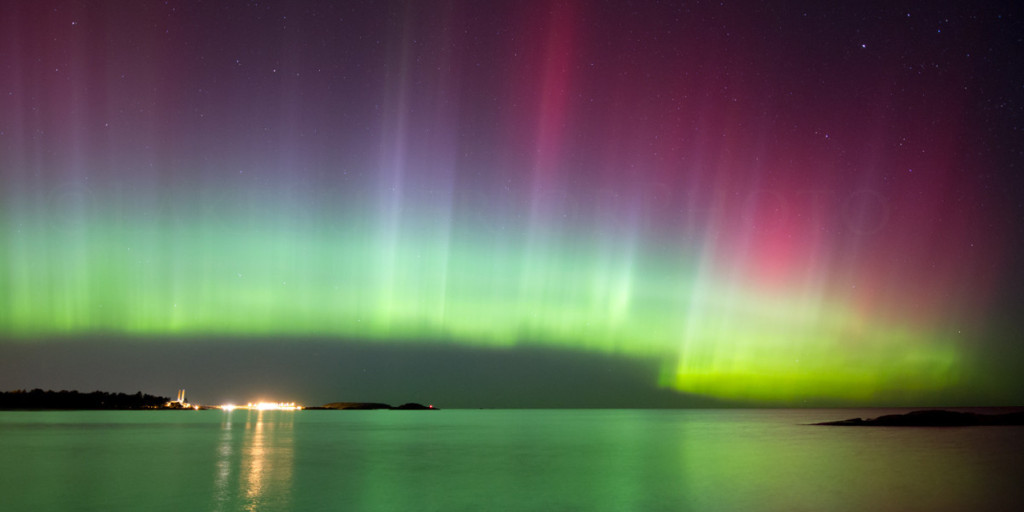 NORTHERN-LIGHTS-lake_superior-up-michigan