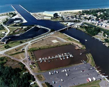 Ontonagon-aerial-marina