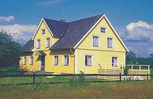YELLOW-HOUSE-SWEDEN-skaerman