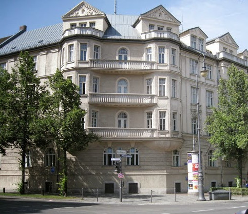 ah-apartment-16-prinzregentenstr-munich