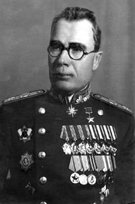 andrei-vlasov-soviet-general-uniform