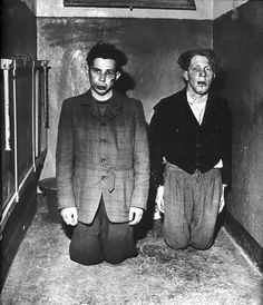 buchenwald-ss-guards-after-beating