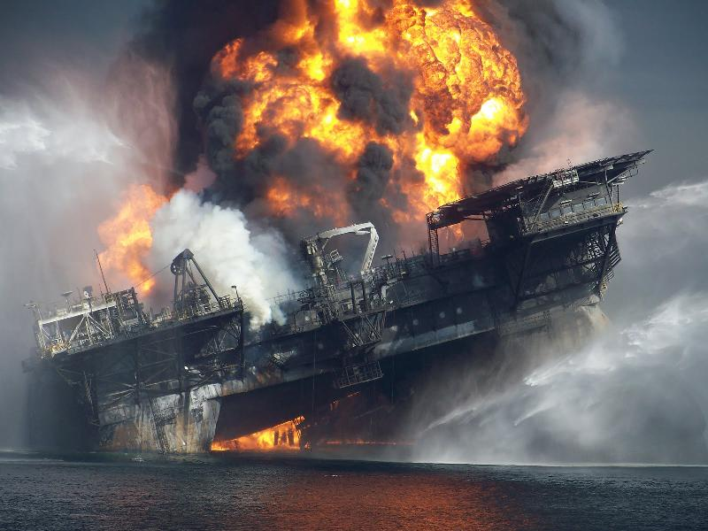 deepwater-horizon-explosion-photograph