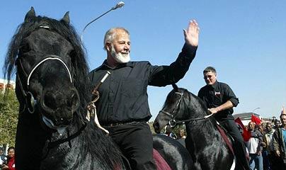 eugene-Terre-Blanche_horseback