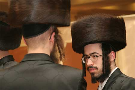fur-hat jew-outremont-montreal_quebec-
