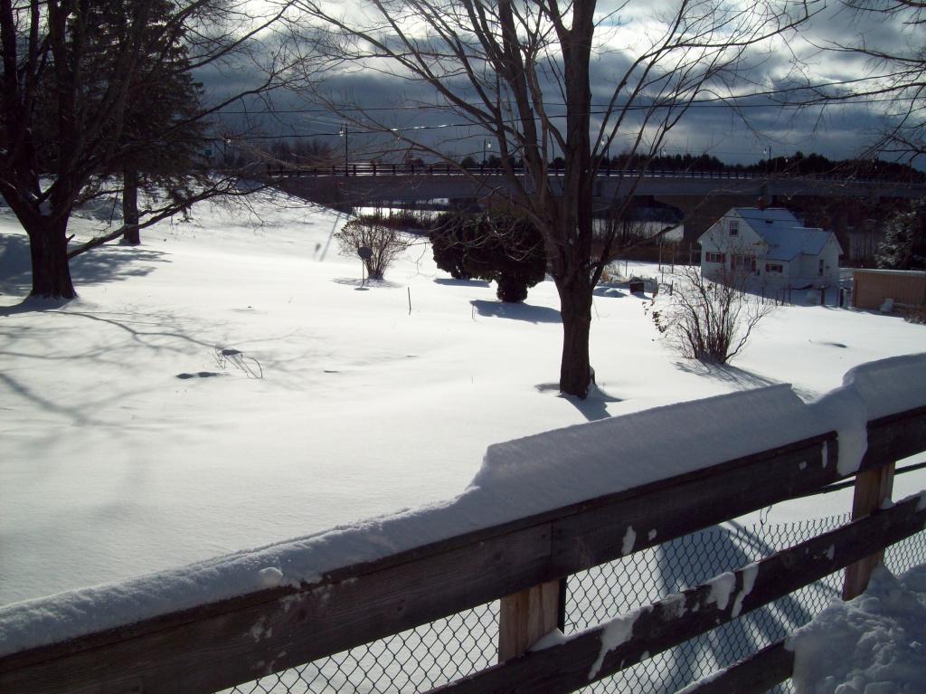 jdn-ontonagon-306-s-steel-nov-12-14-deck-view-snow-river