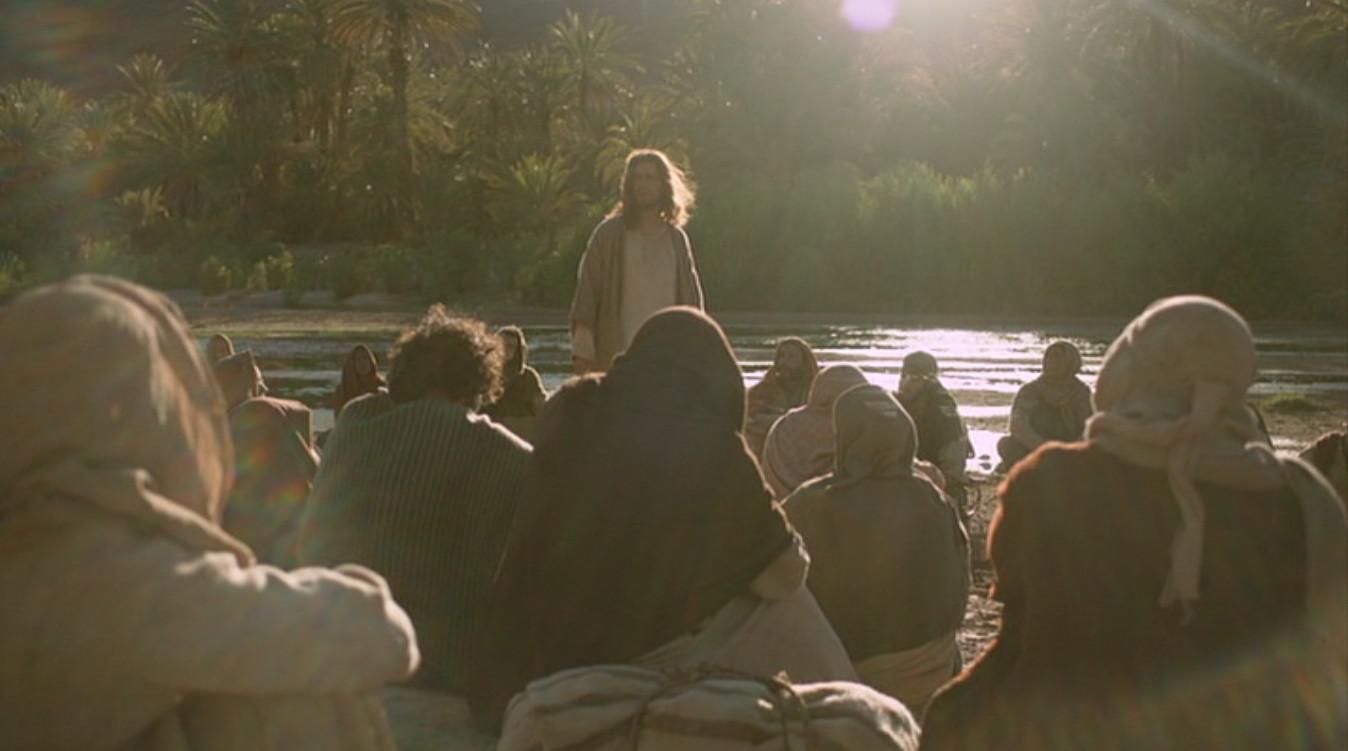 jesus-preaching-riverside