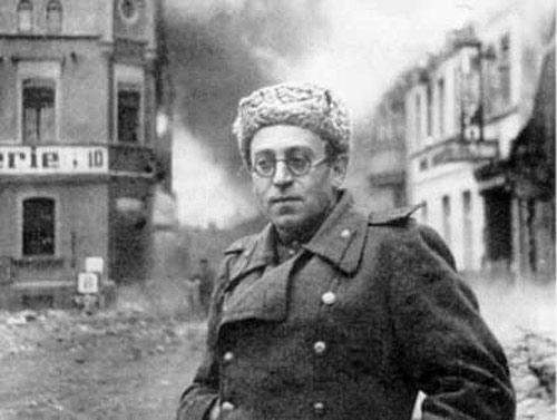 jewish-bolshevik-officer