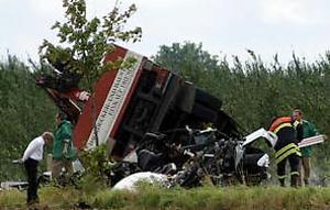 leichsenring-hit-truck