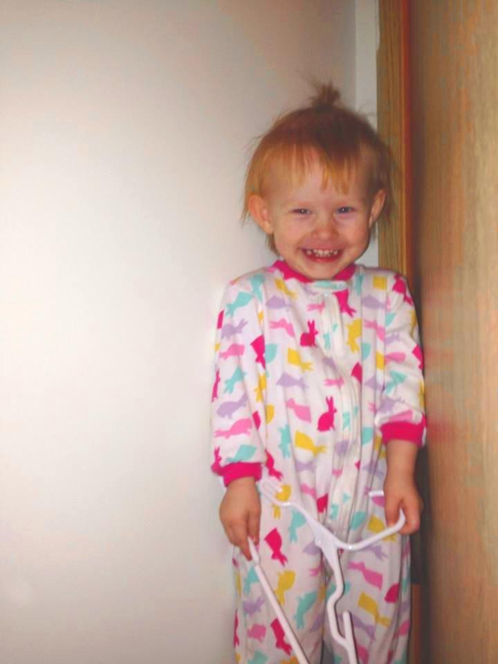 maja-red-haired-german-little-girl