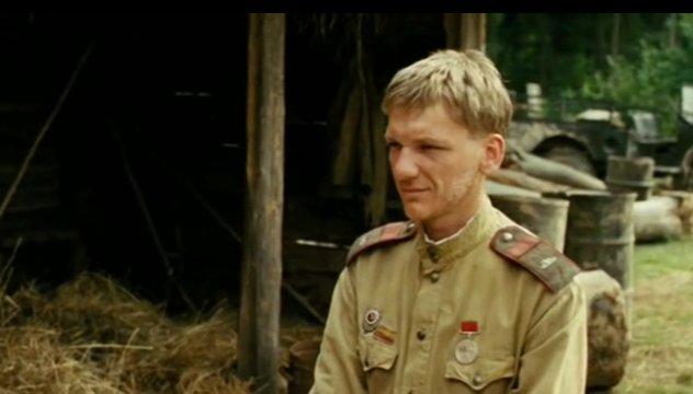 nadjonow-russischer-panzerfahrer-weisser-tiger-film-2012