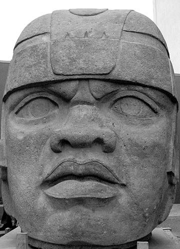olmec-black-athlete-head