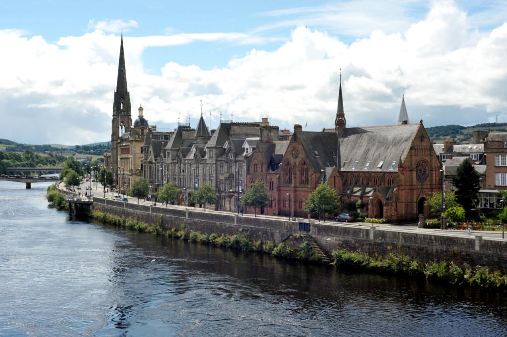 perth-scotland-river