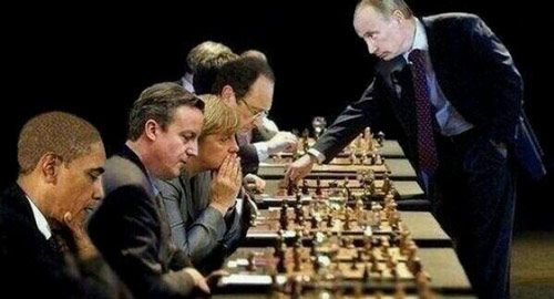 putin-plays-chess-western-leaders