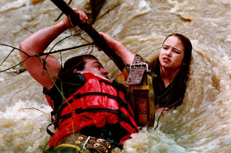 rescuer-girl-river