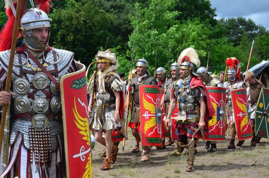 roman-legionaries