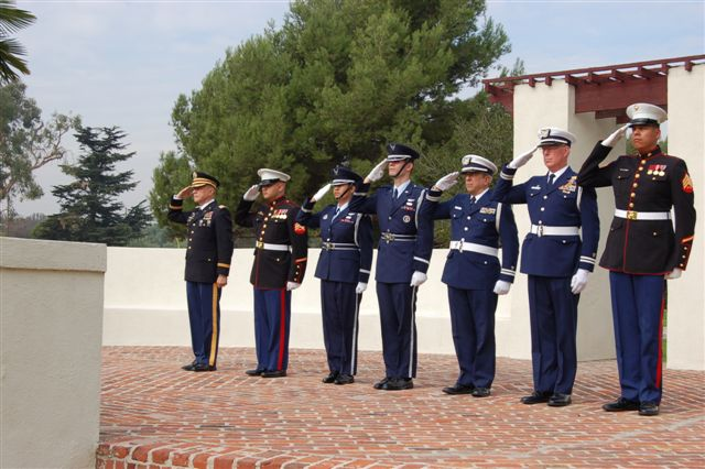 salute-tomb-unknown-soldier-all-military-branches