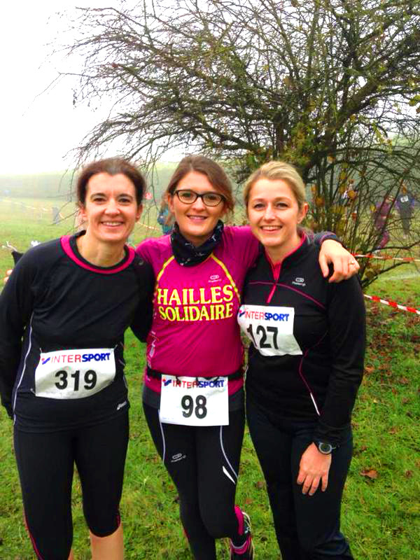 three-female-joggers-salouel-france